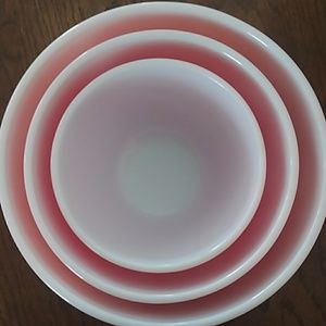 Other - 3 Piece Nesting Bowl Vintage Pink Pyrex